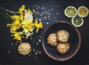 Petits Biscuits aux amandes et mirabelles séchées