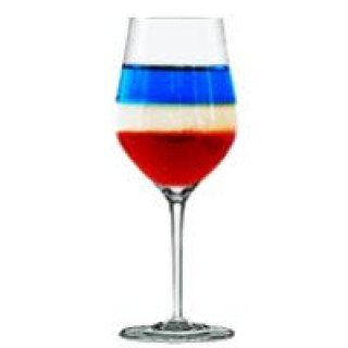 Cocktail tricolore à base d'eau de vie de poire Williams