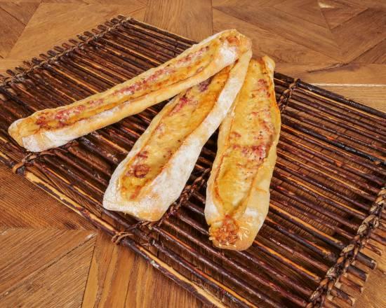 Pain salé au fromage et lardons façon vosgienne