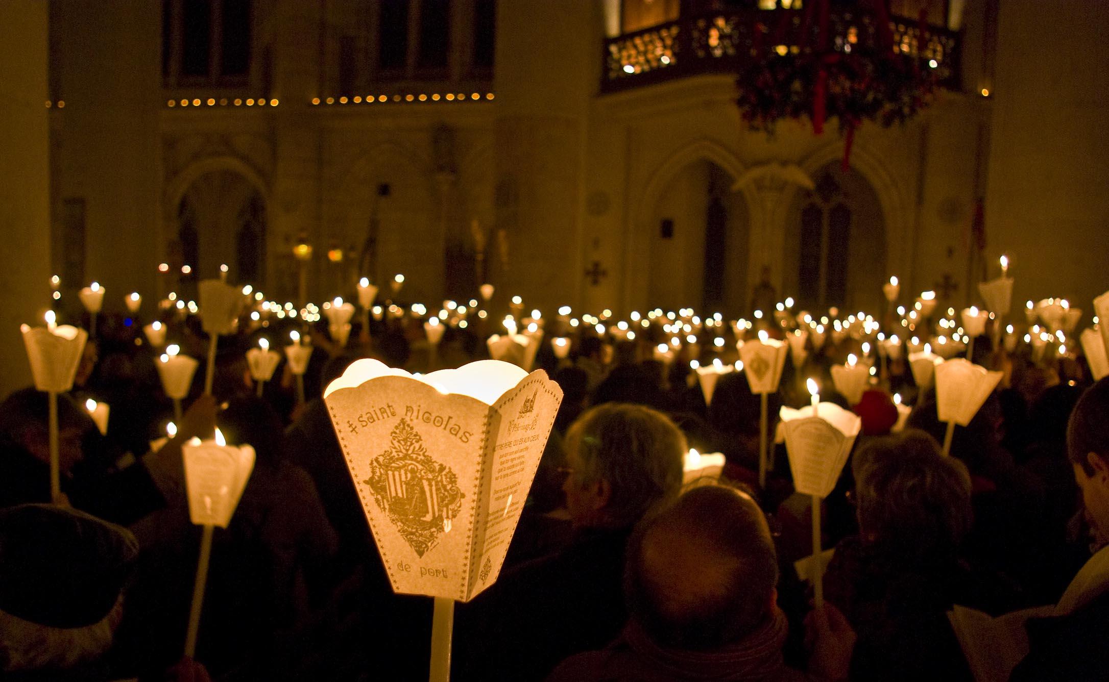 La Procession aux Flambeaux